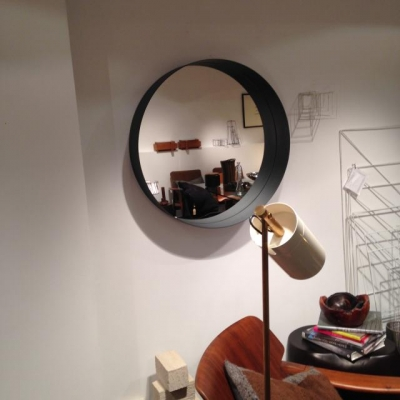 Cadre de miroir en acier technicoupe plus for Miroir acier
